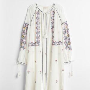 GAP Dreamwell embroidered robe M/L